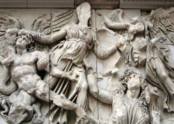 Gigantomaquia otox463rwcz9ok17rmda6falnlw2imwim6s0uquypw - Período Helenístico - Antigua Grecia