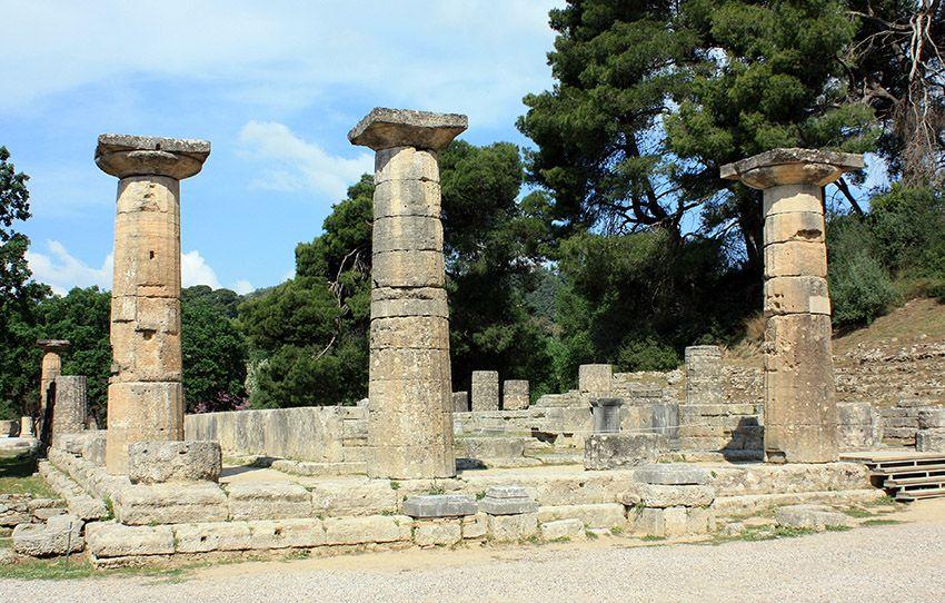 Ruinas del Templo de Hera en Olimpia - Período Arcaico - Antigua Grecia